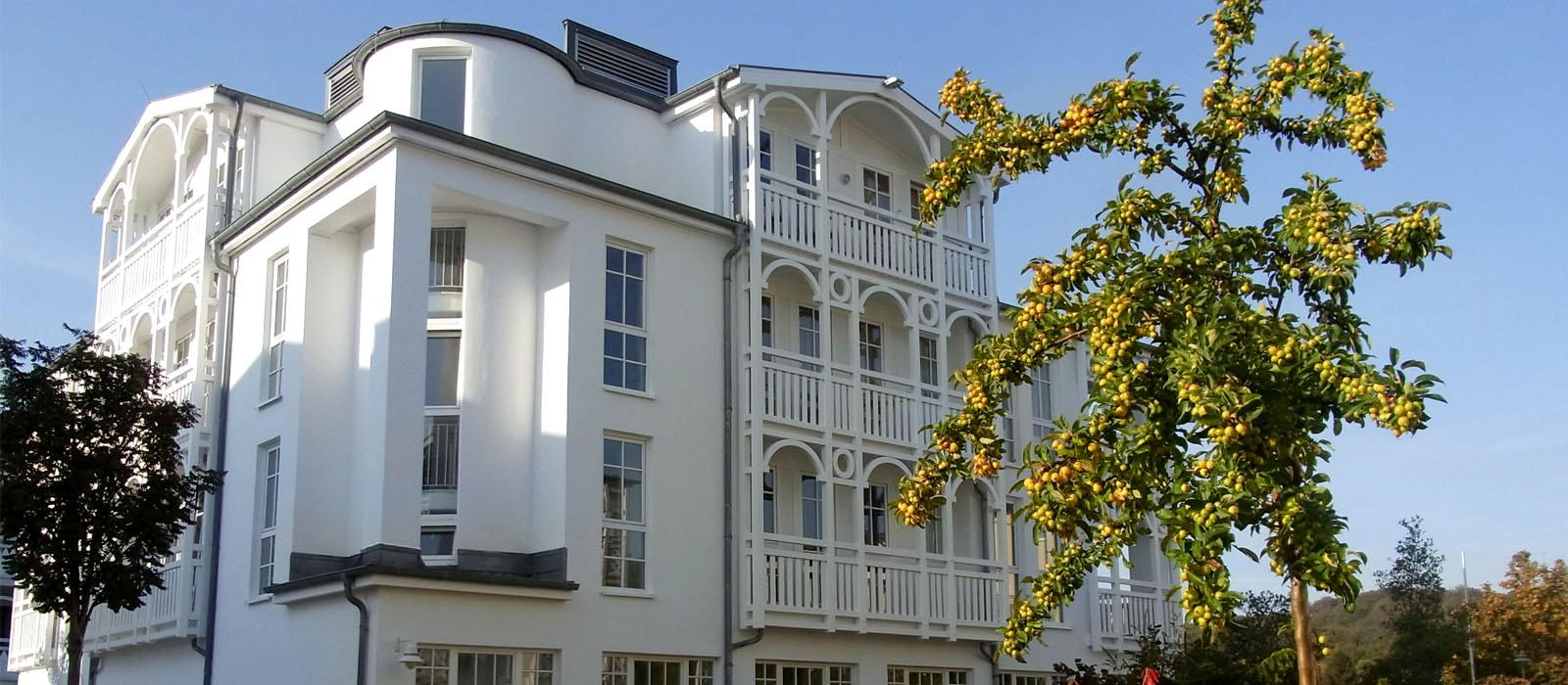 Home ferienwohnungen im seepark sellin for Fewo sellin